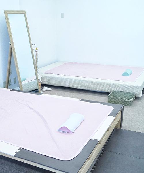 3.施術 問診と検査を元にして効率的で安心、安全な痛くない無痛手技を行います。